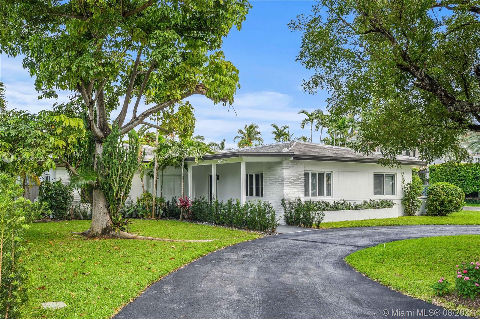 Hibiscus Island - 205 S Hibiscus Dr, Miami Beach, FL 33139