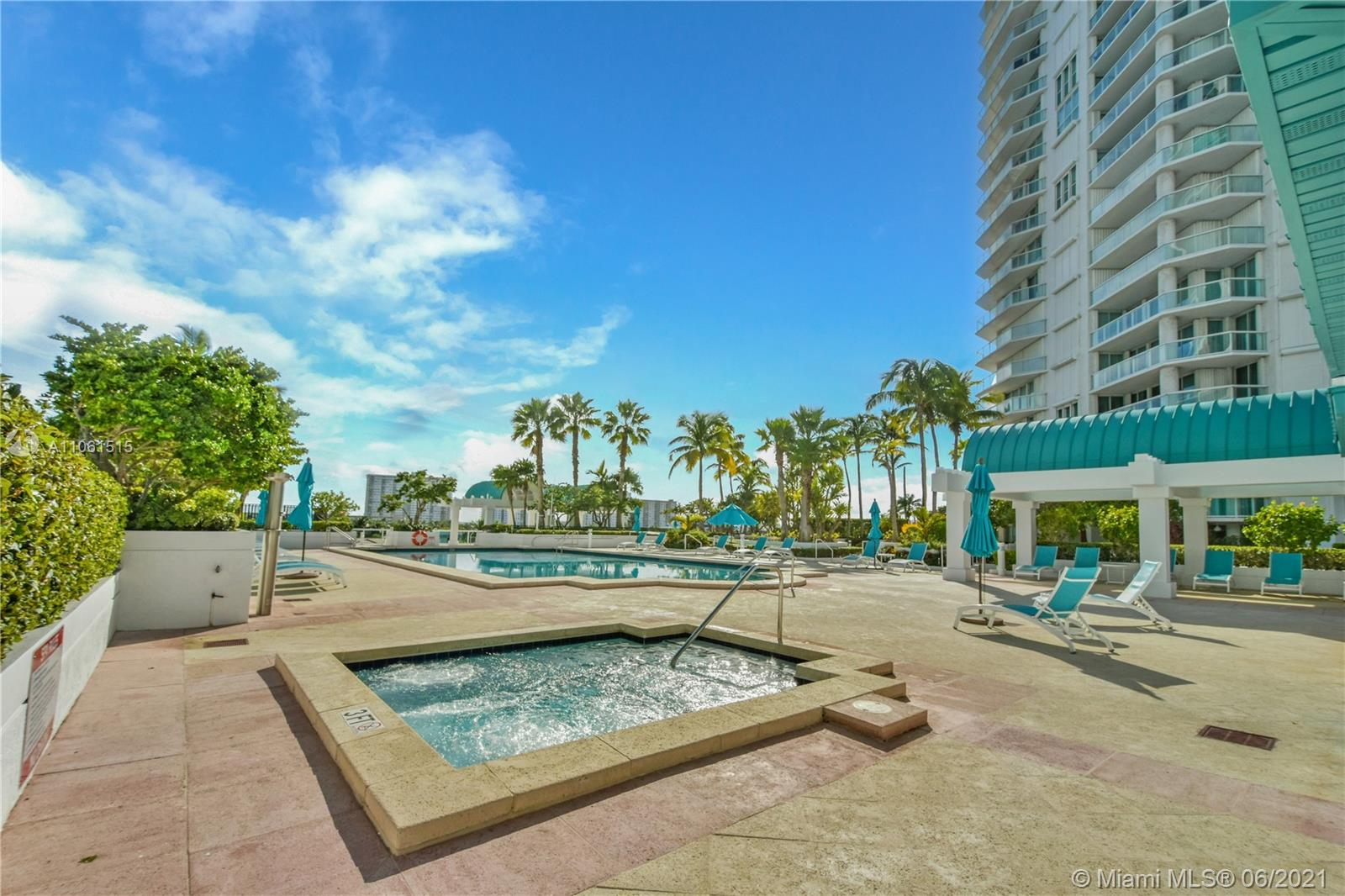 16500 Collins Ave #2351 photo028