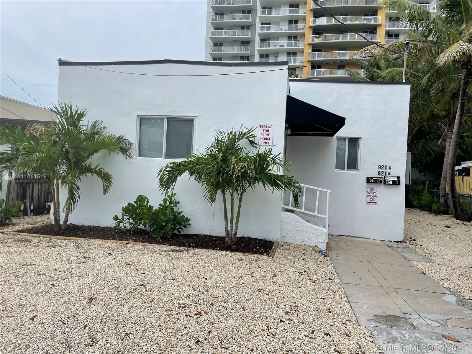 Home For Rent at 1,886 Sqft