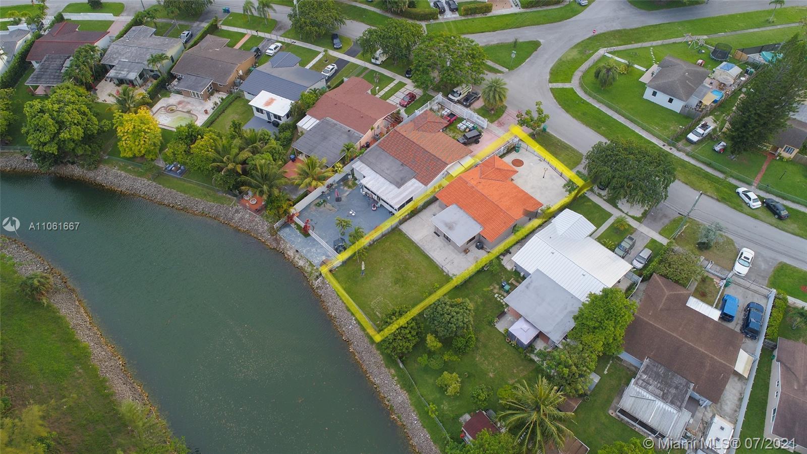 7433 S Waterway Dr photo08