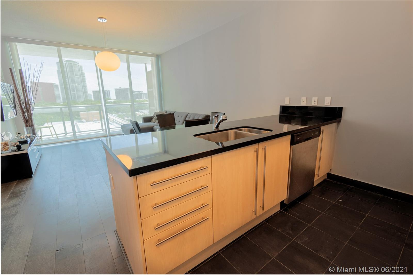 Condo For Rent at THE AXIS ON BRICKELL COND