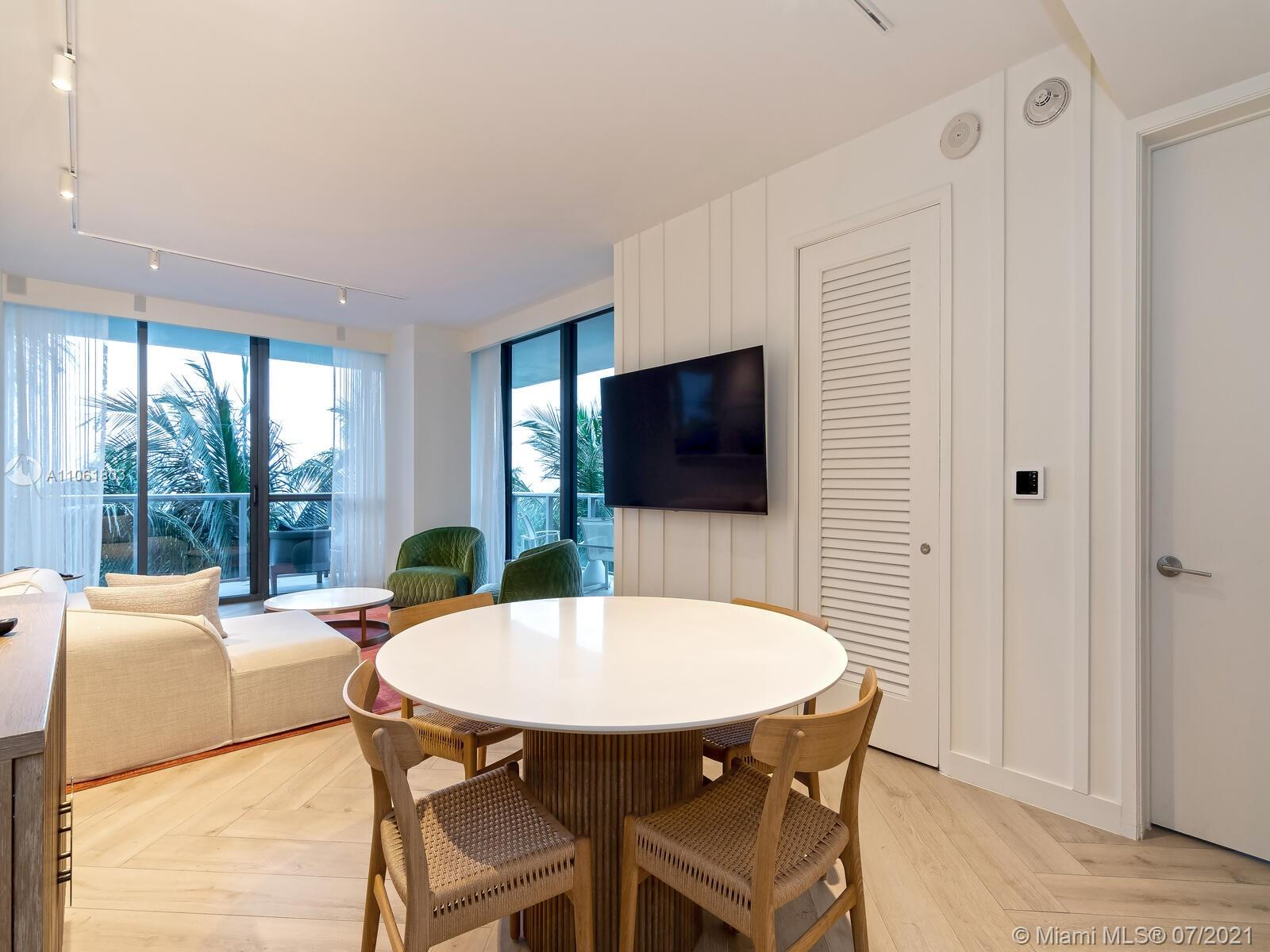 2201 Collins Ave #428 photo016