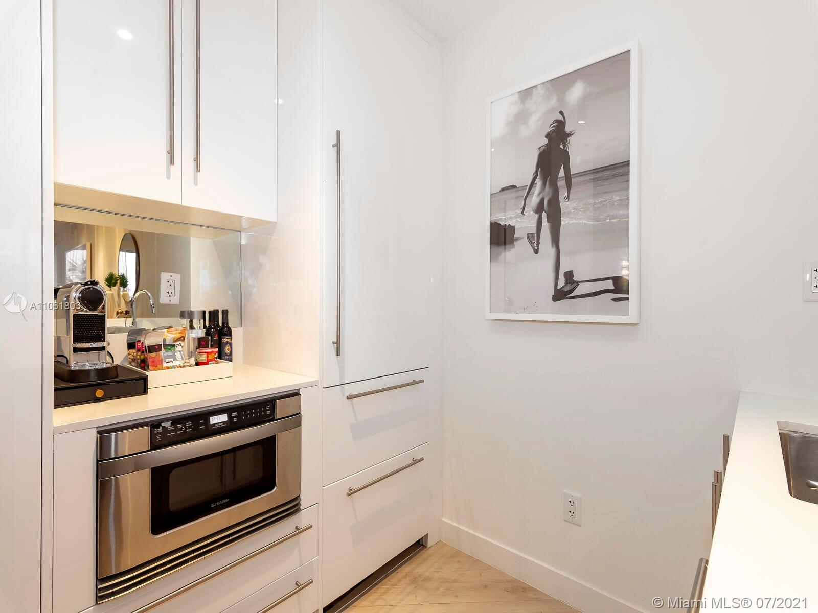 2201 Collins Ave #428 photo021