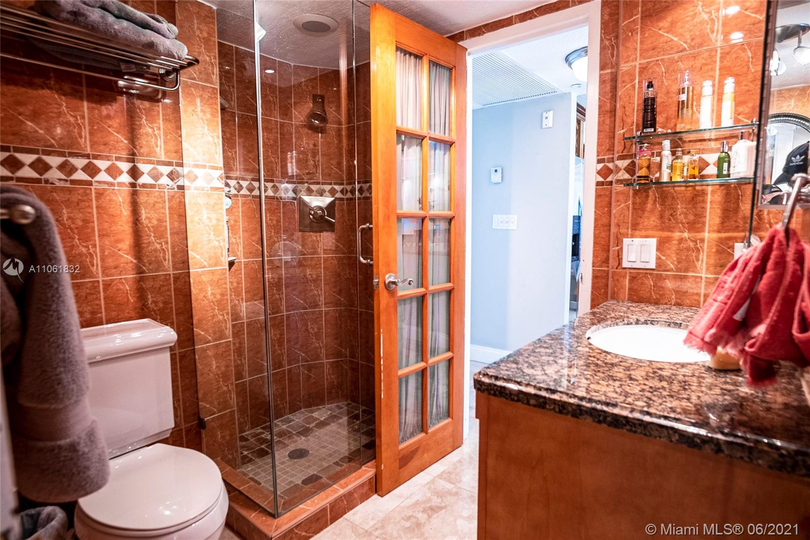 5701 Collins Ave #310 photo011