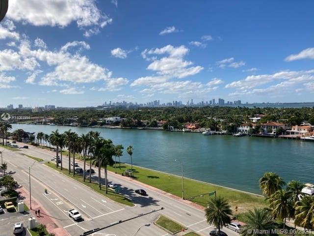 Carriage House #833 - 5401 Collins Ave #833, Miami Beach, FL 33140