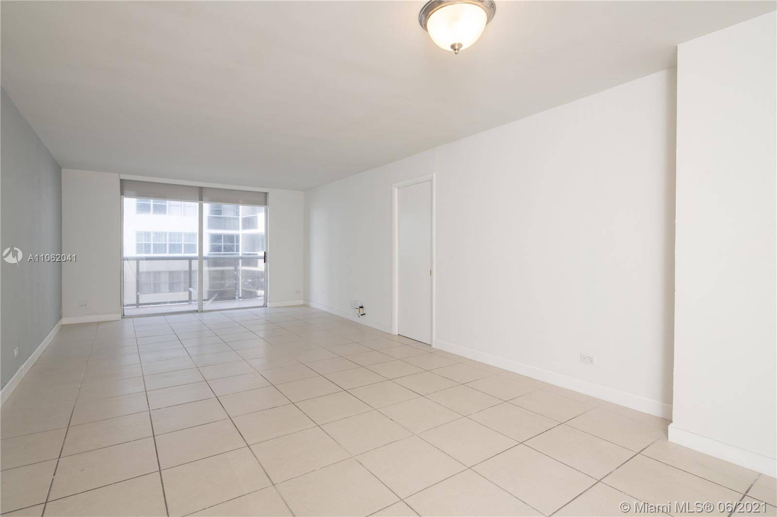 6039 Collins Ave #1406 photo02