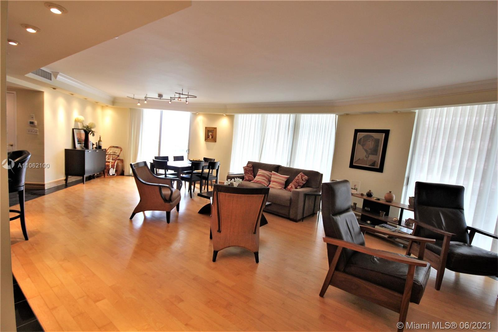 5161 Collins Ave #1404 photo05