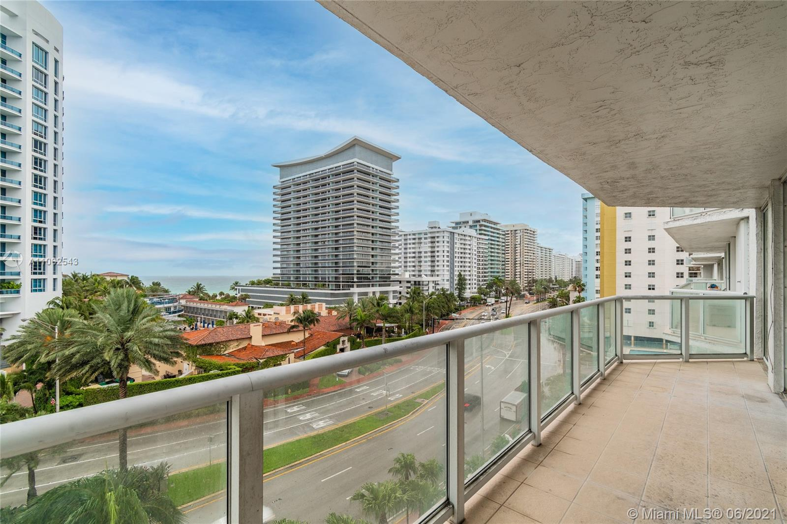 5900 Collins Ave #707 photo031