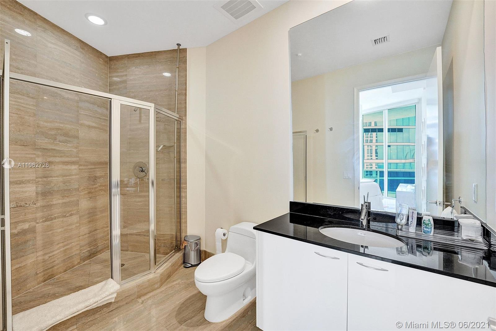 15811 Collins Ave #3307 photo046