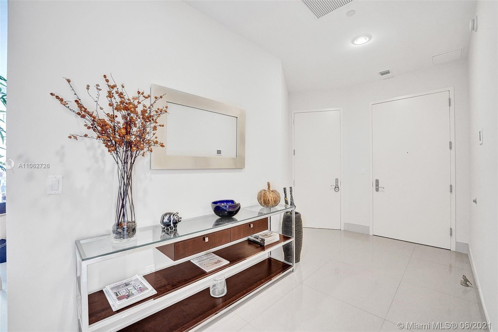 15811 Collins Ave #3307 photo073