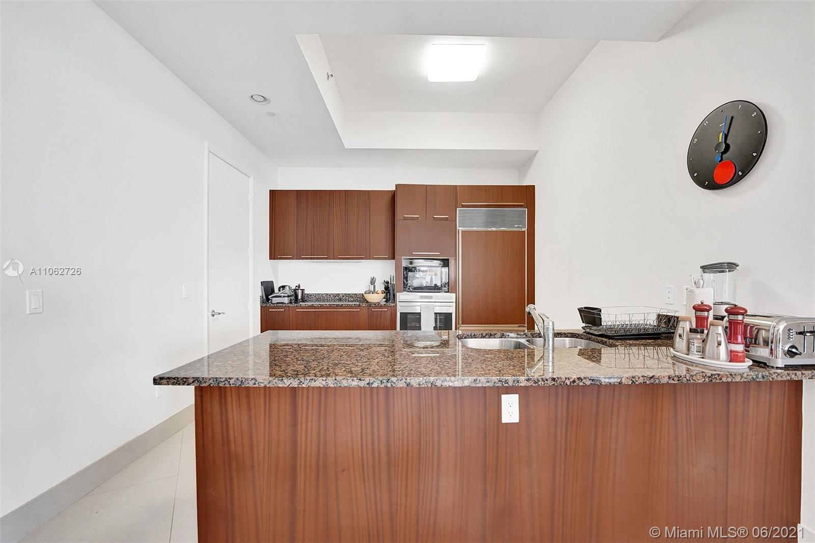 15811 Collins Ave #3307 photo066