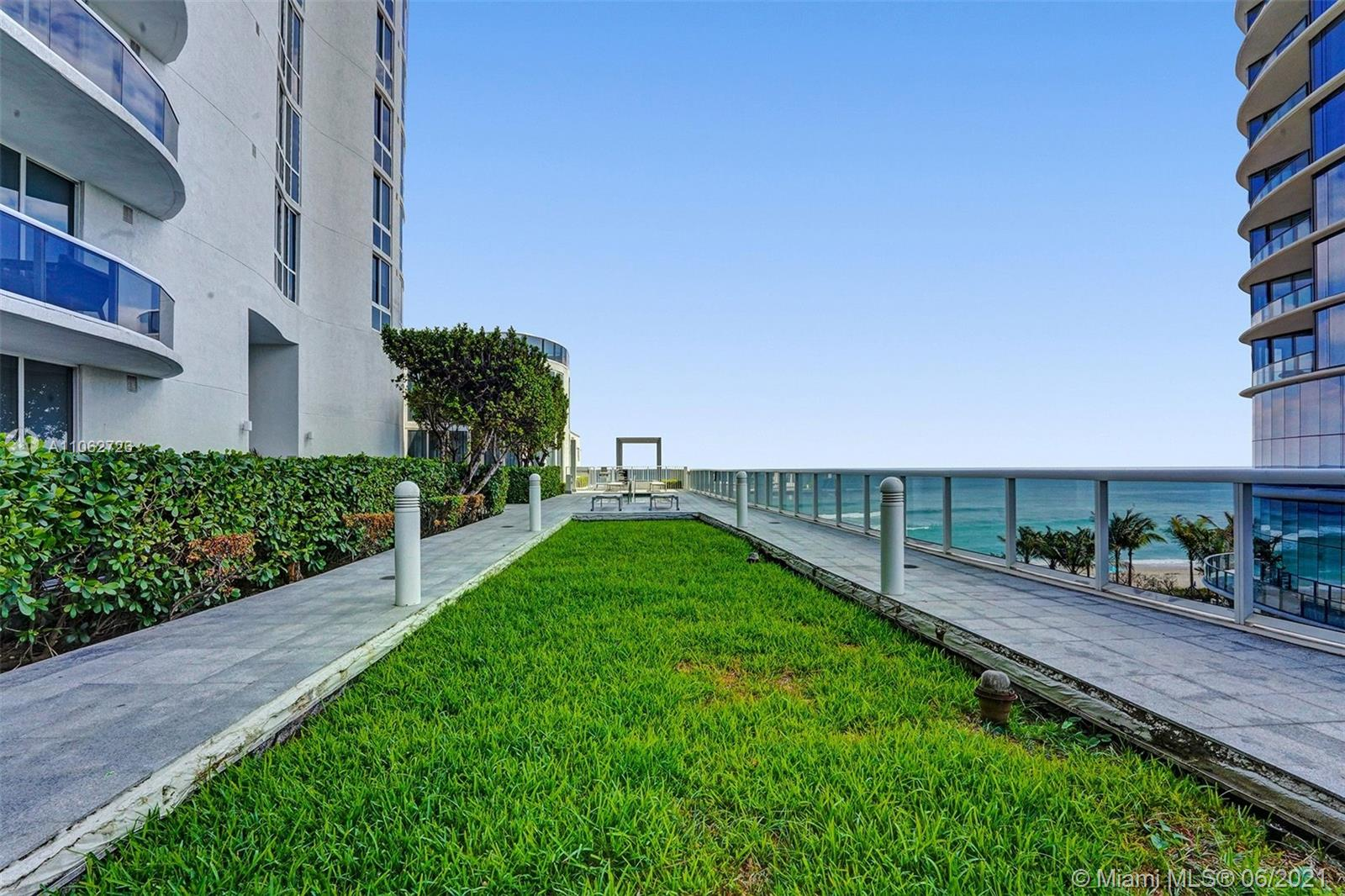 15811 Collins Ave #3307 photo084