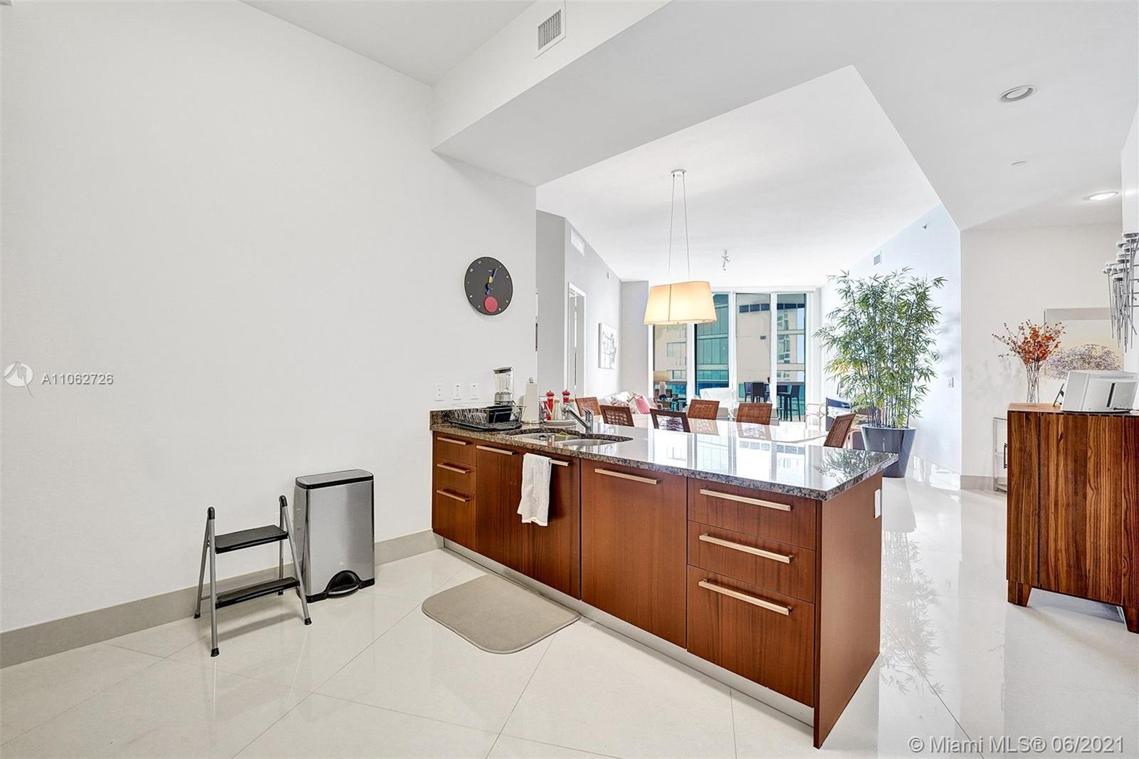 15811 Collins Ave #3307 photo069