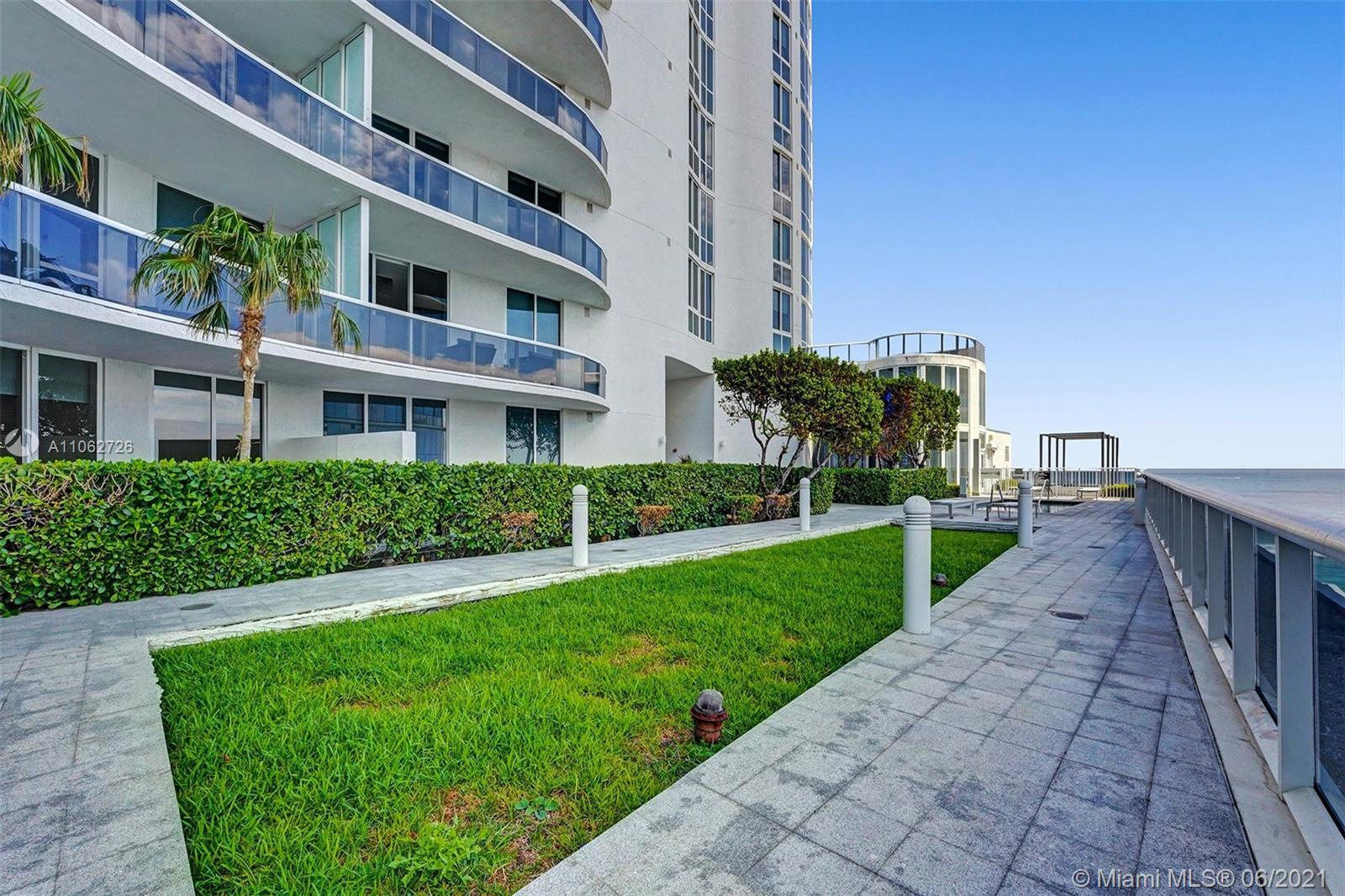 15811 Collins Ave #3307 photo085