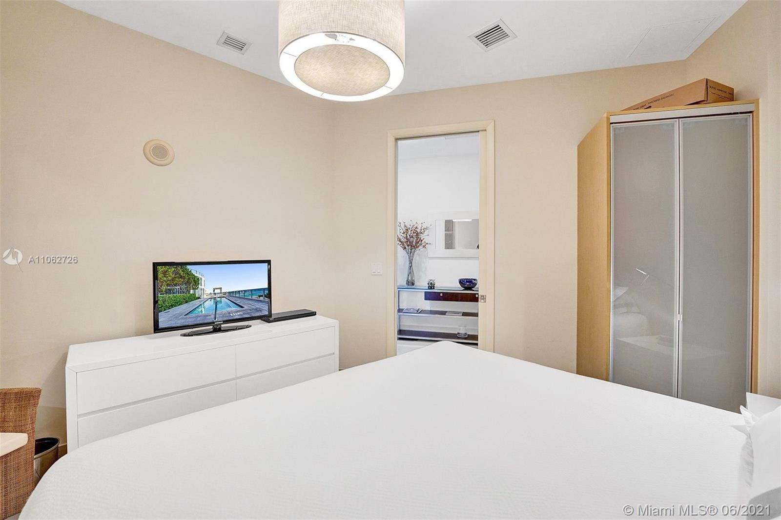 15811 Collins Ave #3307 photo078