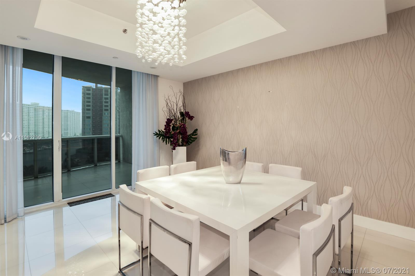 15901 Collins Ave #604 photo014