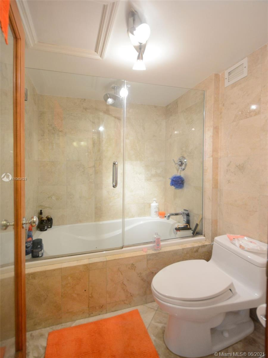 2301 Collins Ave #731 photo017