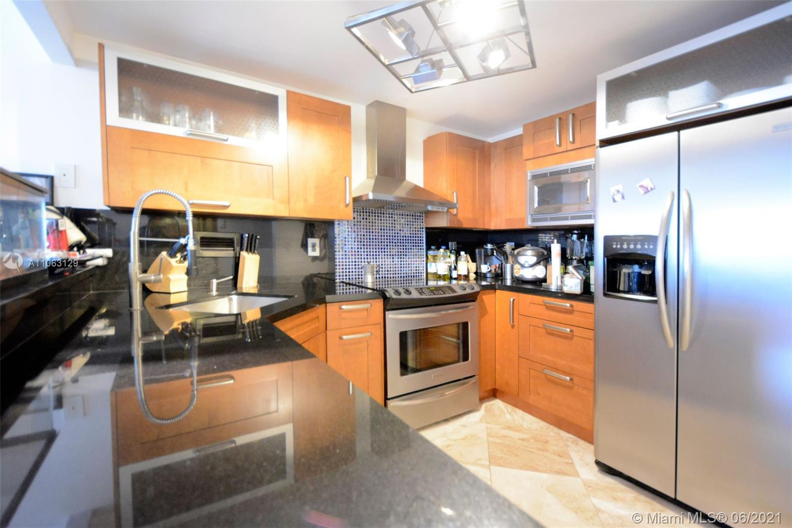 2301 Collins Ave #731 photo020