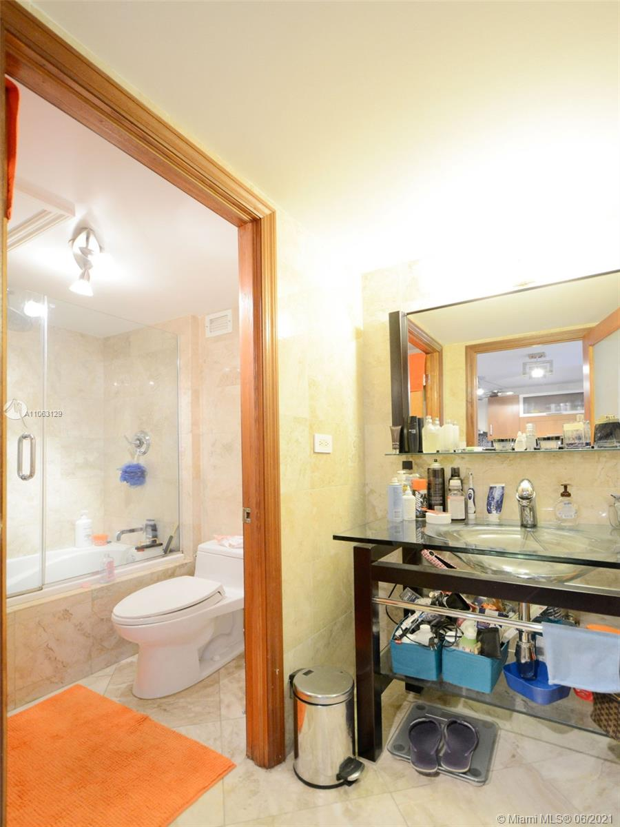 2301 Collins Ave #731 photo015