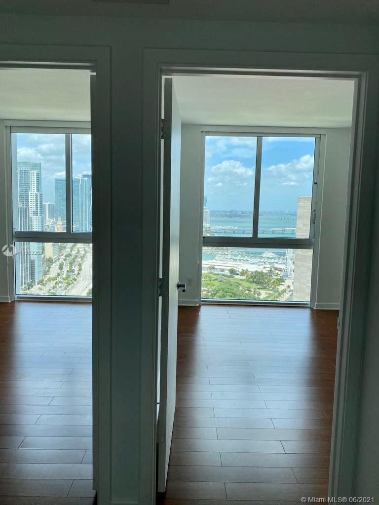 One Miami #3826 - 04 - photo