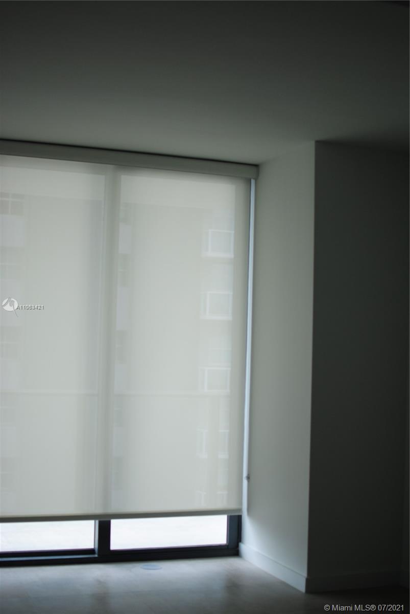 SLS Brickell #2211 - 05 - photo