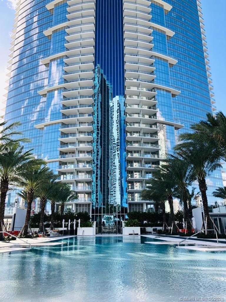 Paramount Miami Worldcenter #1508 - 13 - photo