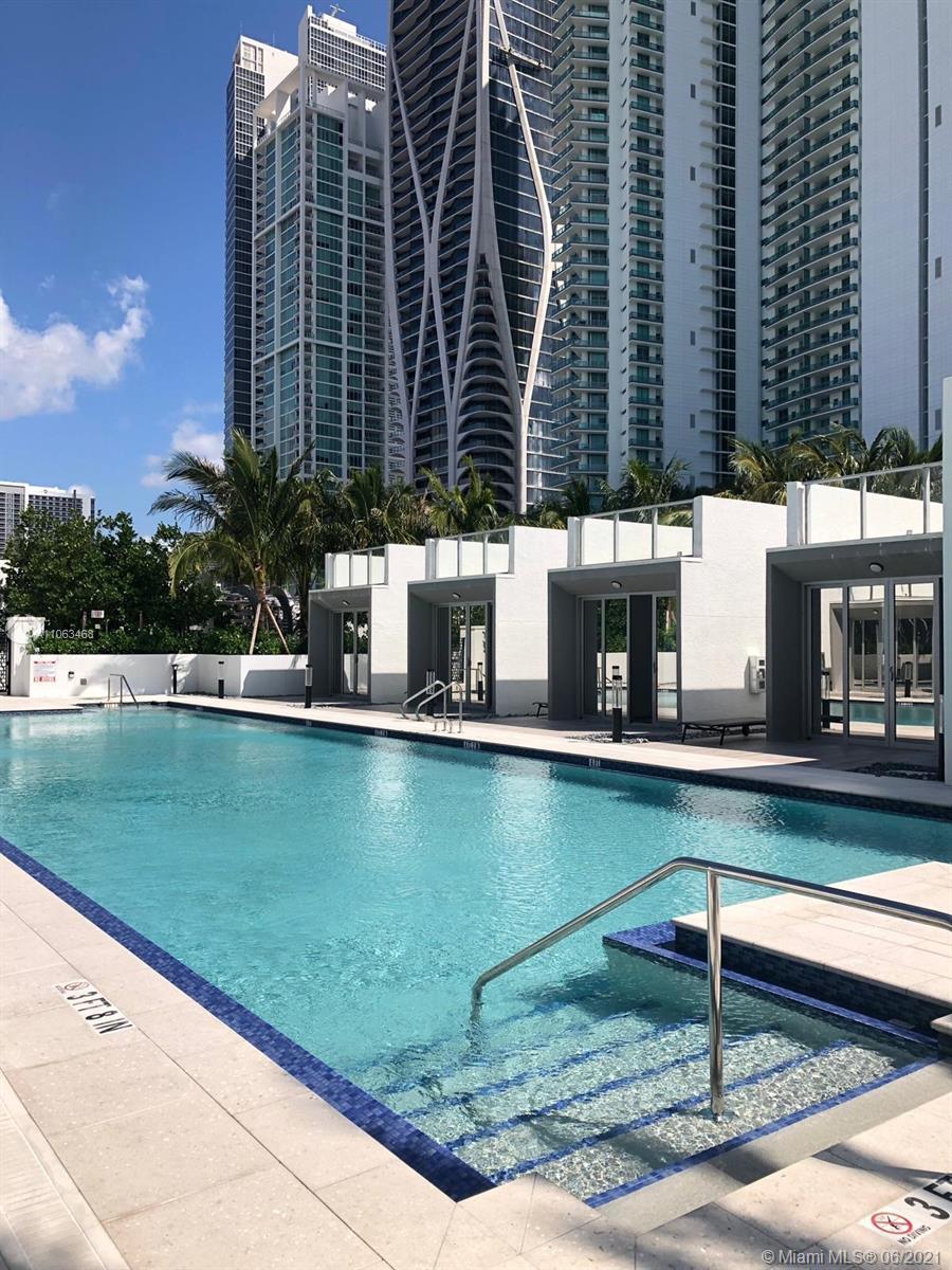 Paramount Miami Worldcenter #1508 - 11 - photo