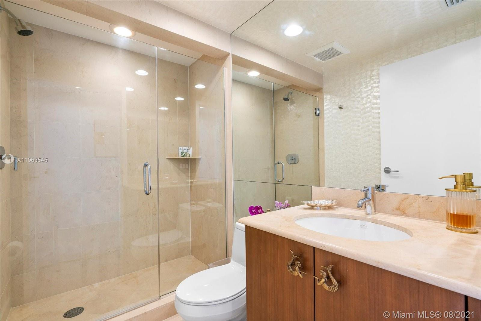 3801 Collins Ave #1404 photo021