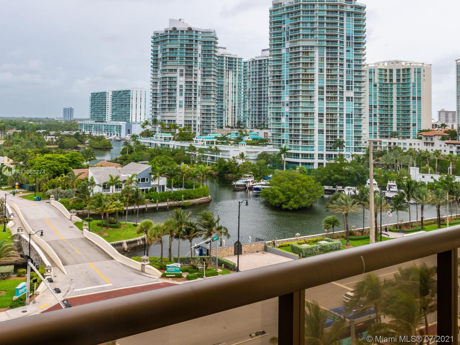 16275 Collins Ave #704 photo028