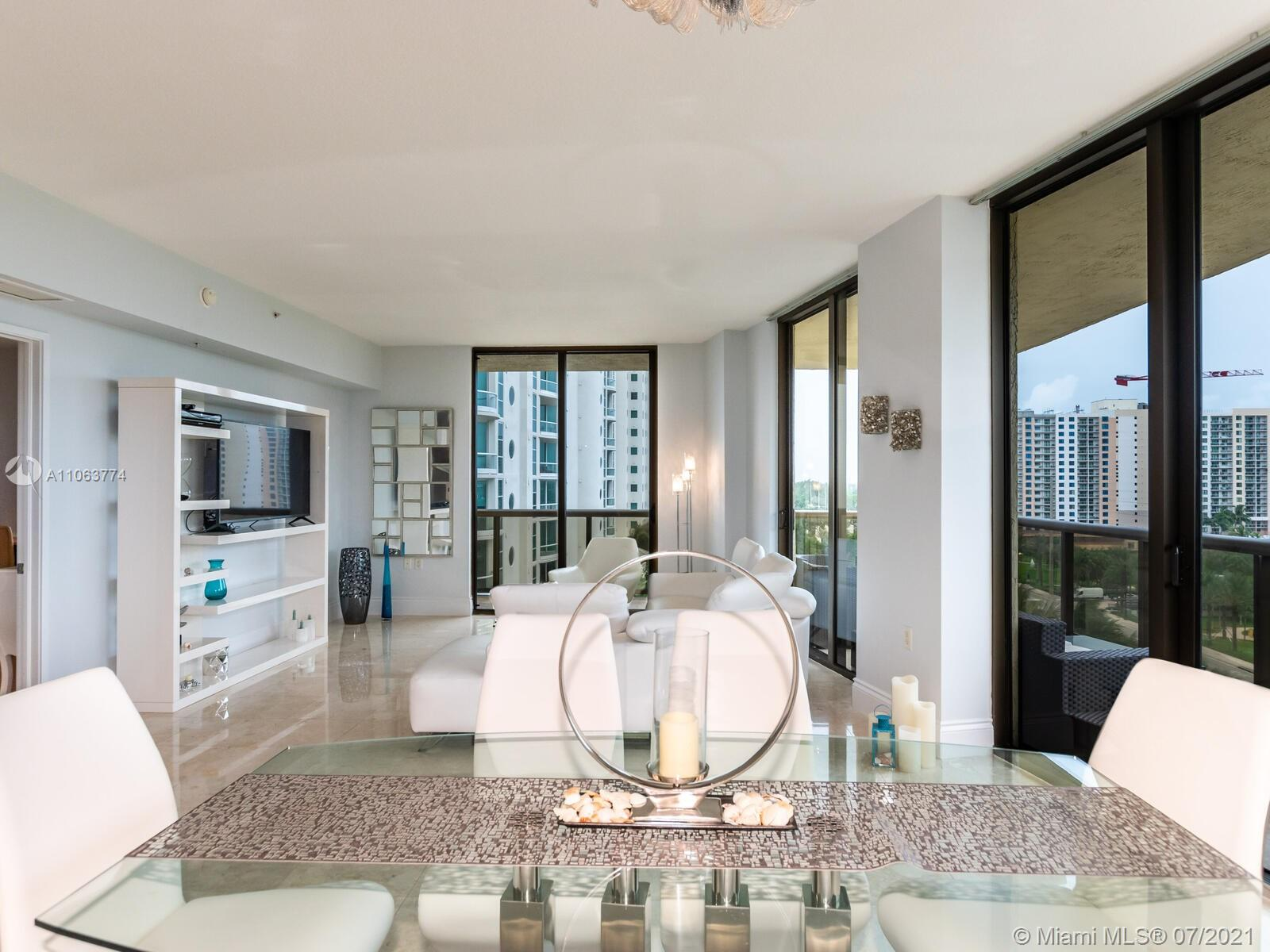 16275 Collins Ave #704 photo024