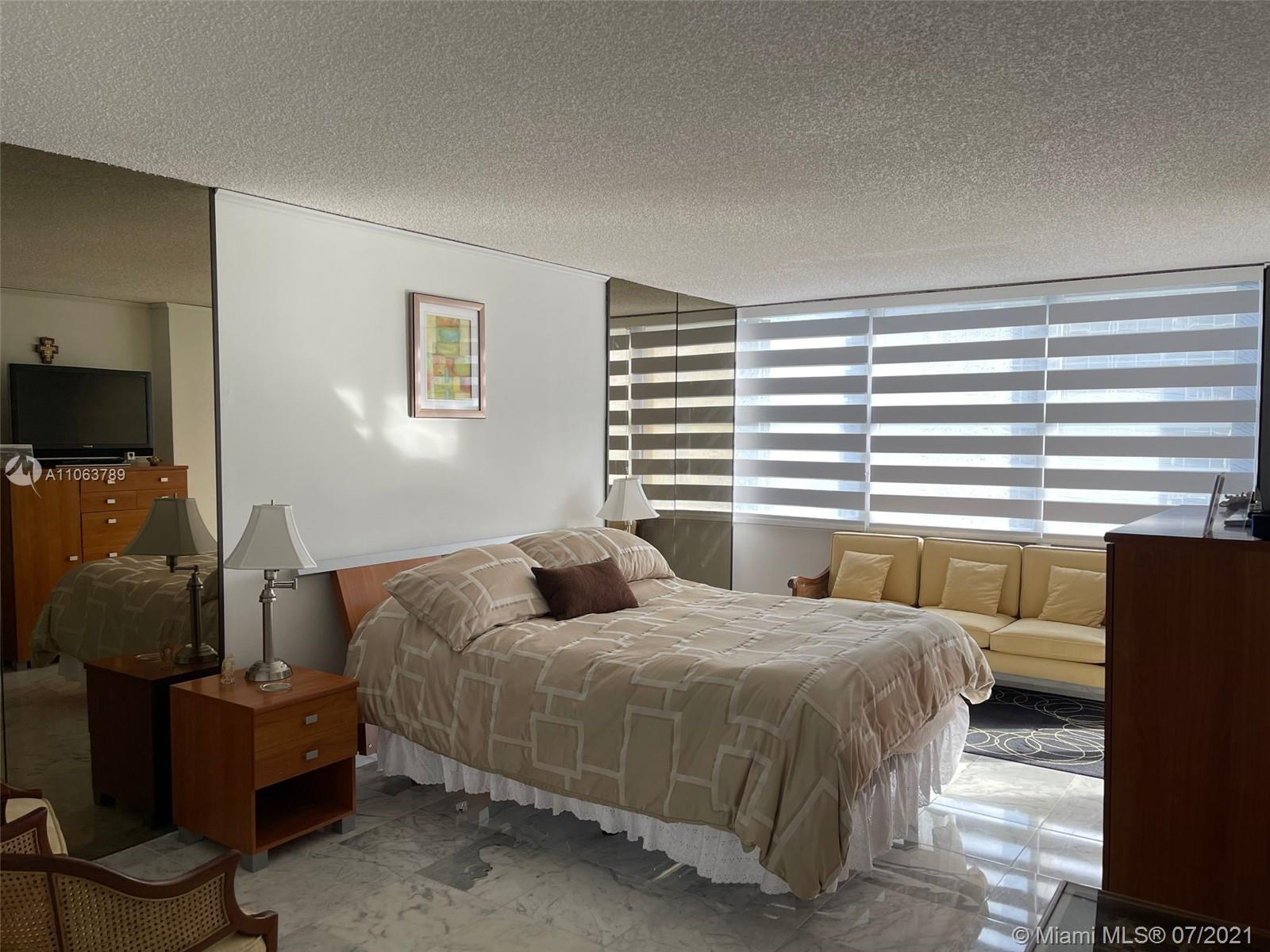 Brickell Place #D1213 - 09 - photo