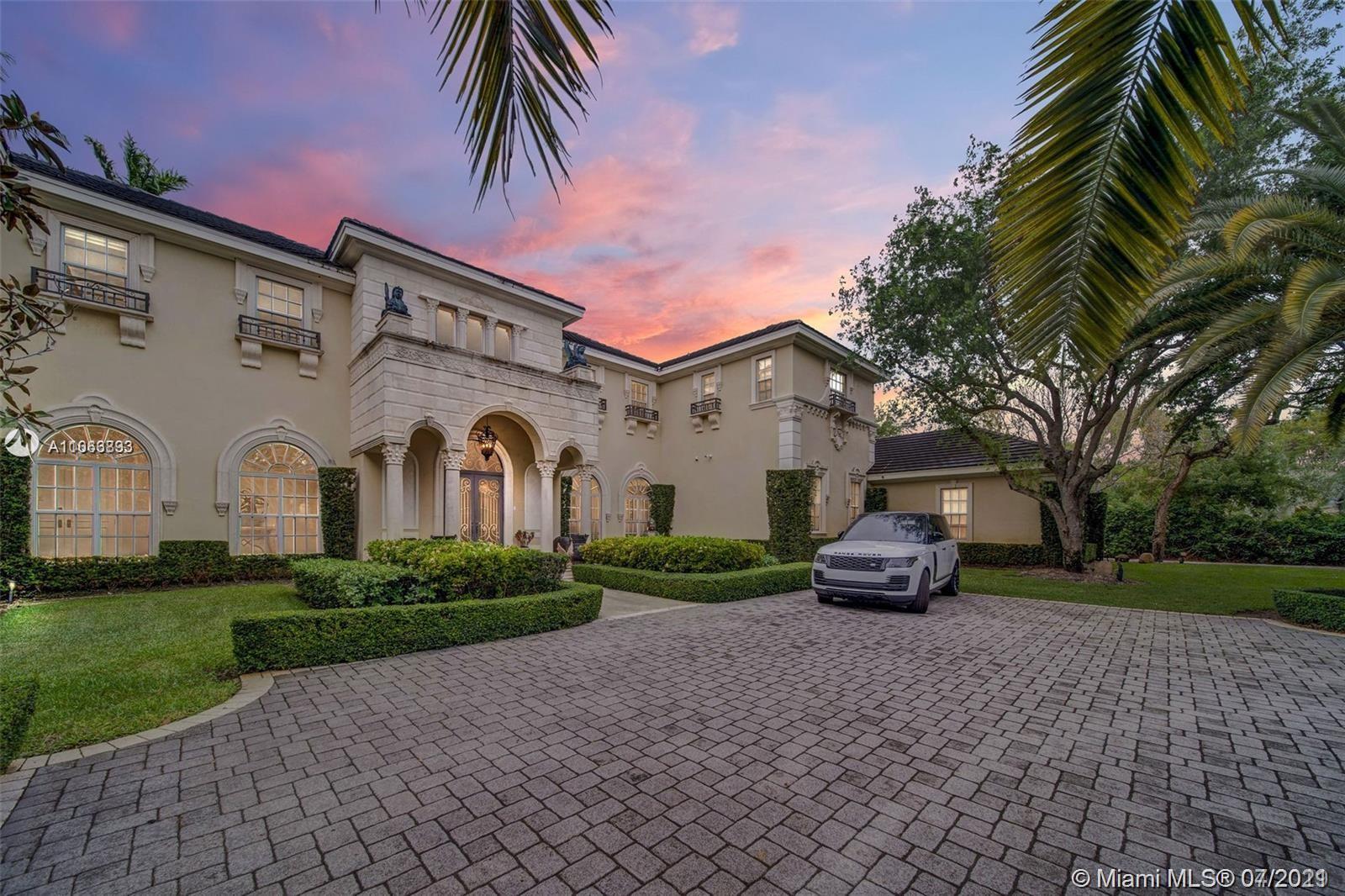 Helms Country Estates - 6463 SW 106th St, Pinecrest, FL 33156