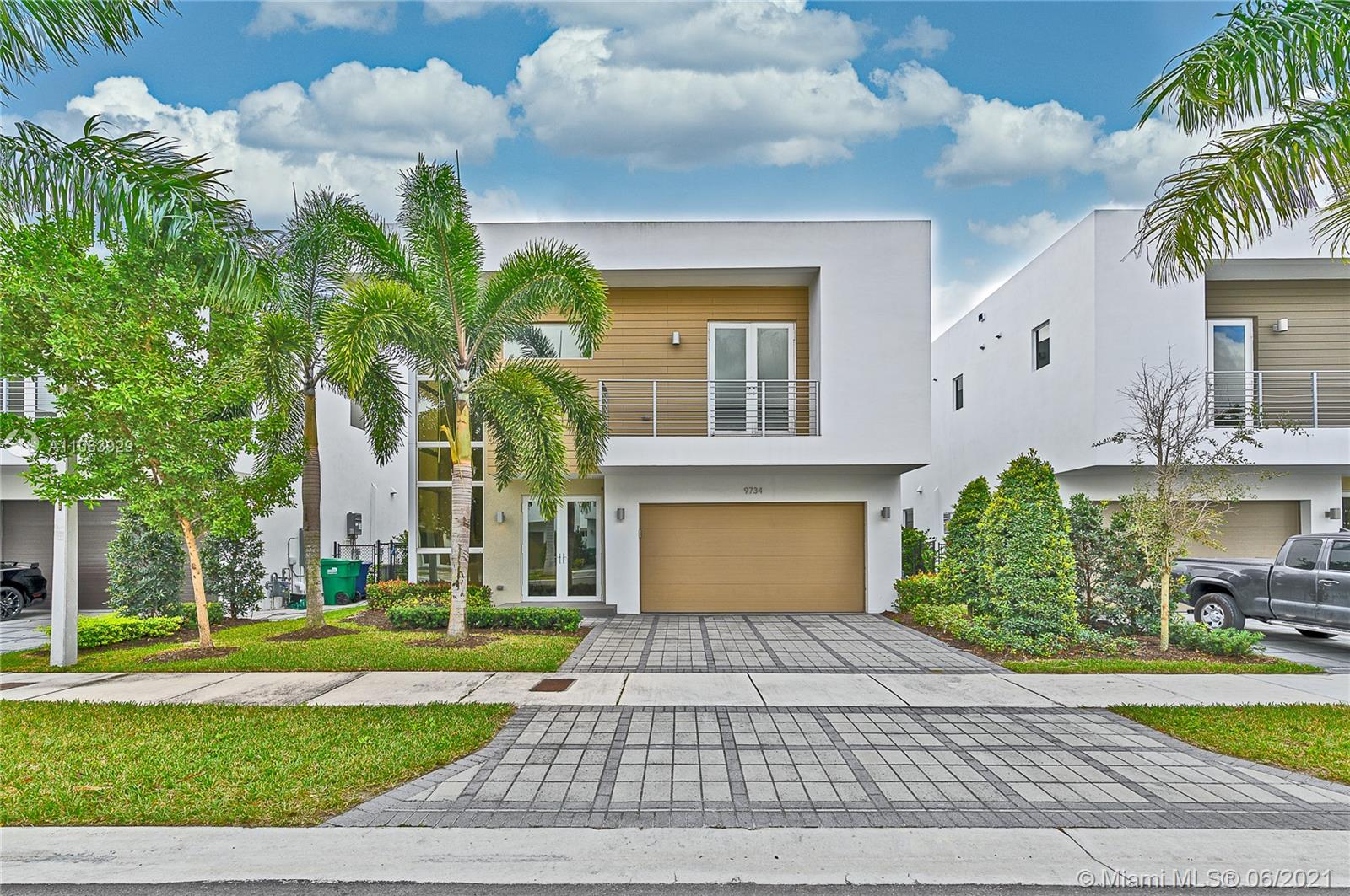 Doral Commons Residential # - 02 - photo