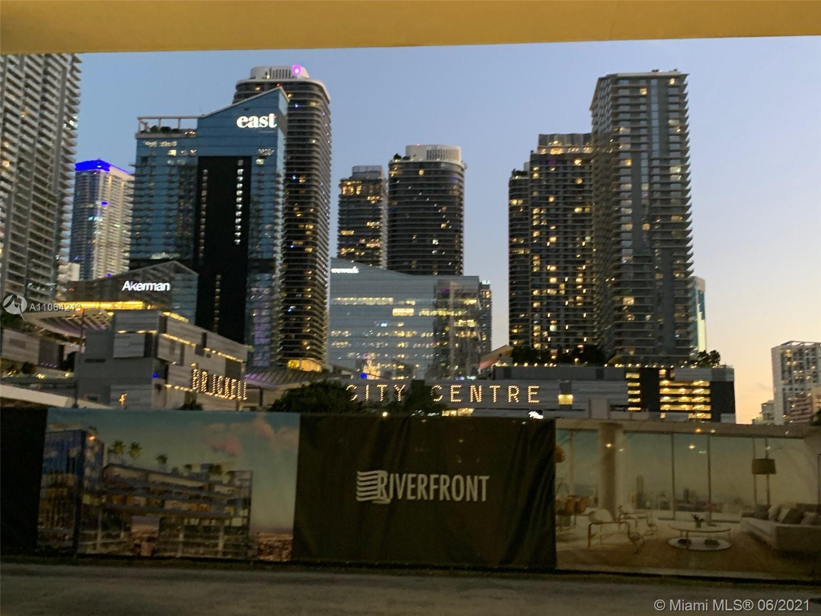 350 S Miami Ave #3715 photo034