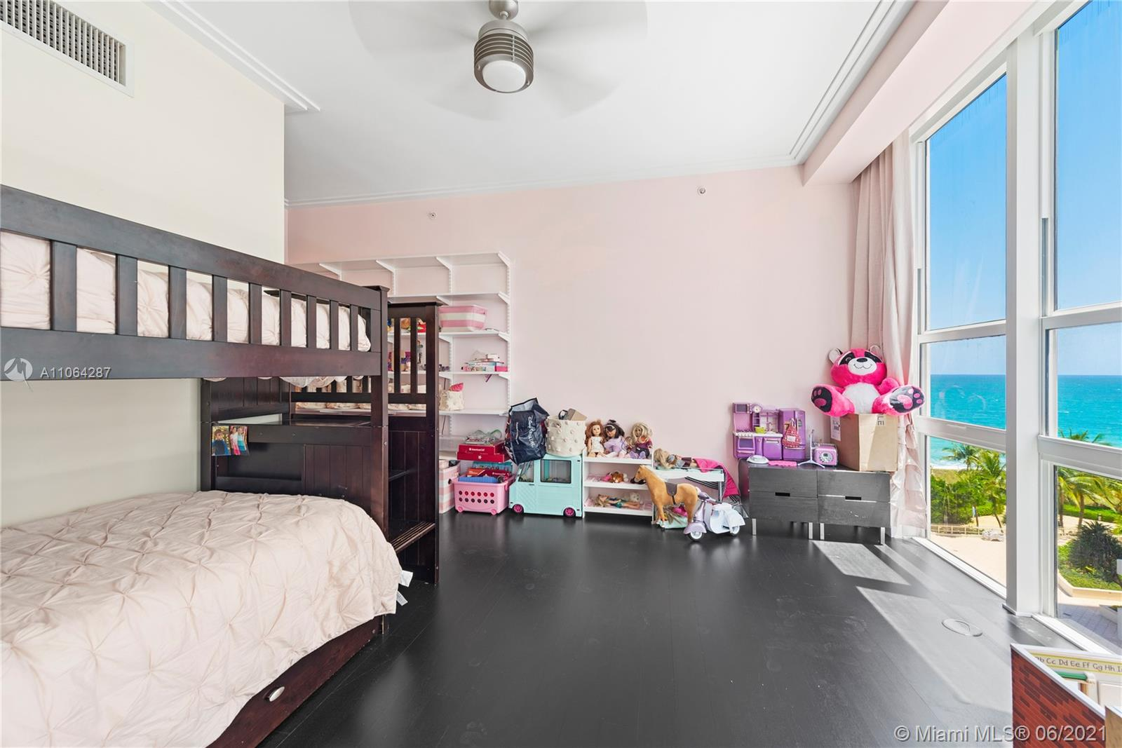 10225 Collins Ave #502/504 photo021