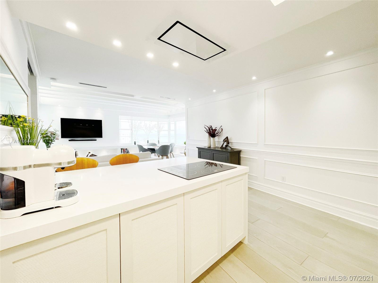 5255 Collins Ave #6F photo06