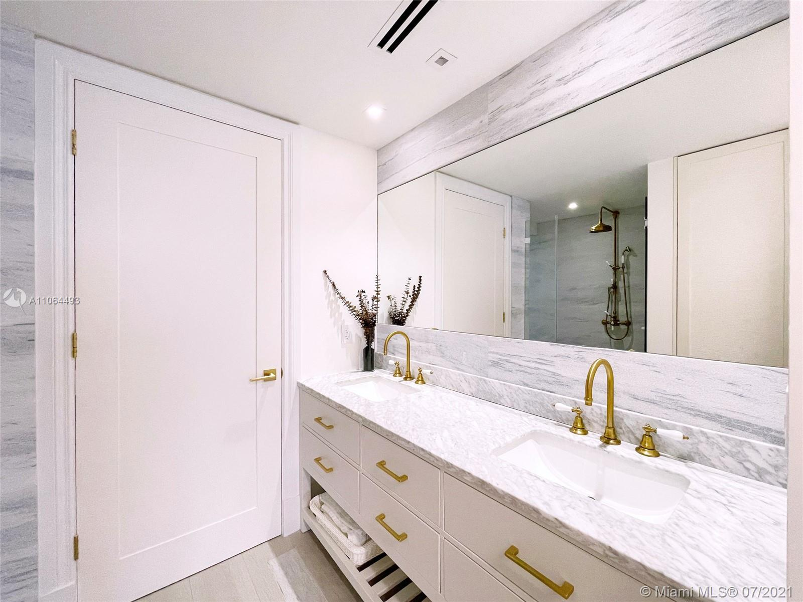 5255 Collins Ave #6F photo016