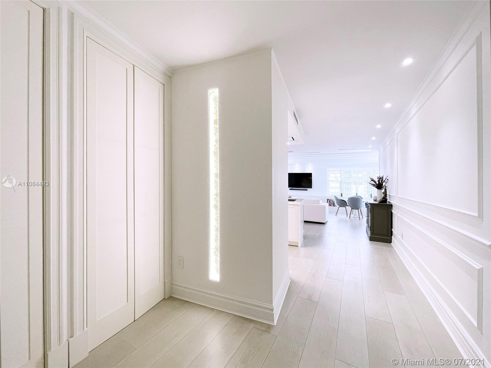 5255 Collins Ave #6F photo03