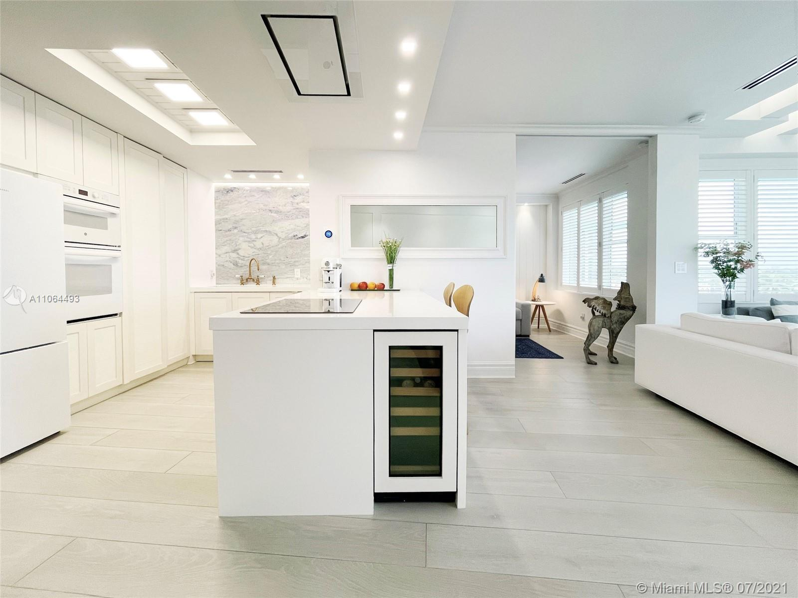 5255 Collins Ave #6F photo05