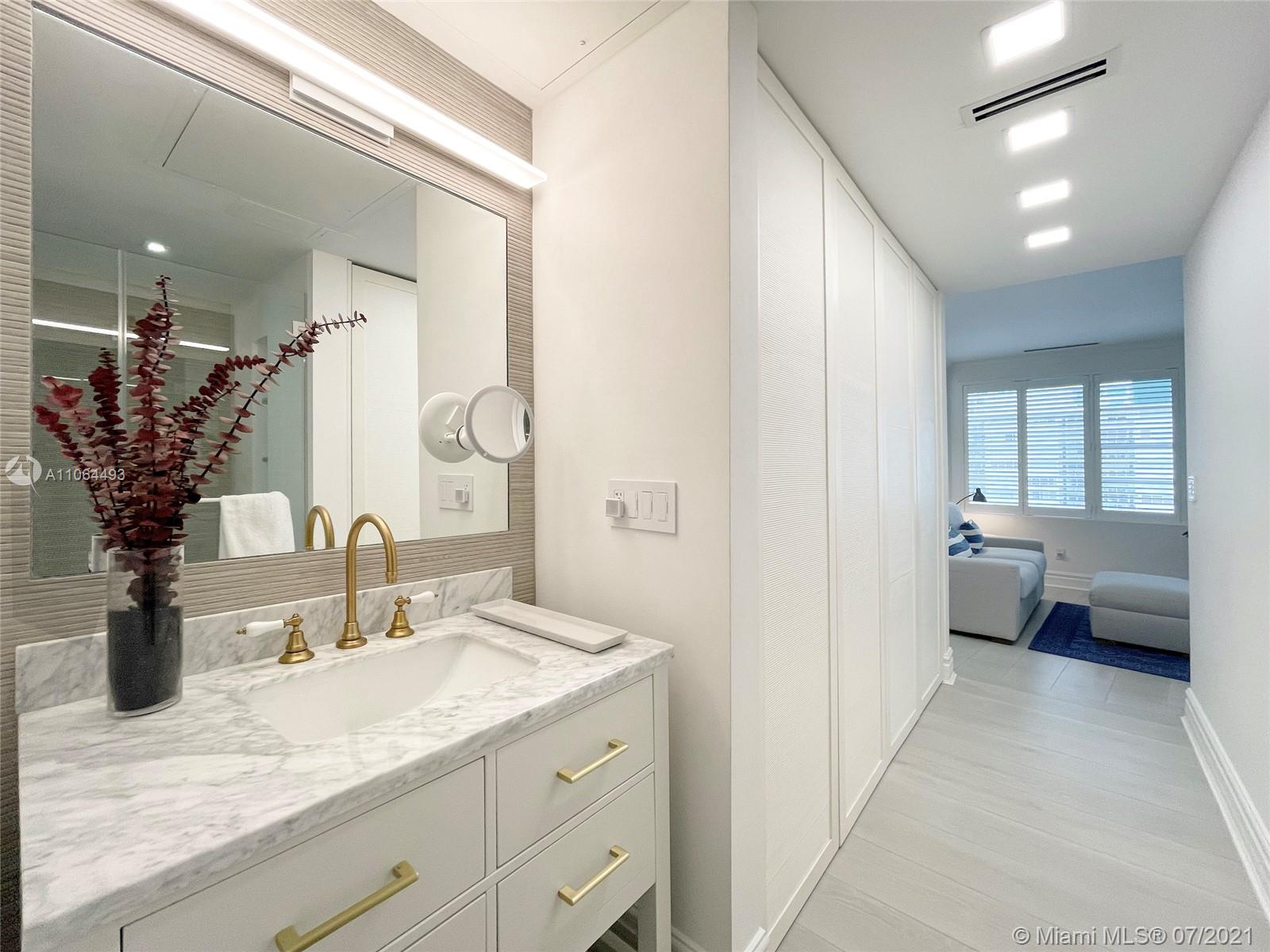 5255 Collins Ave #6F photo018