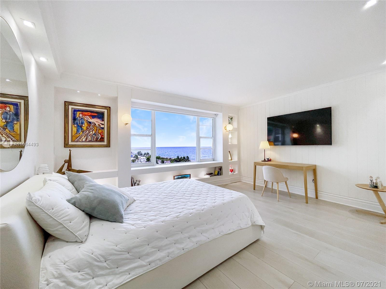 5255 Collins Ave #6F photo015
