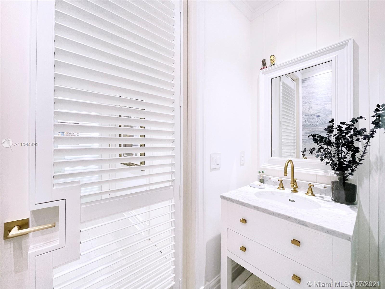 5255 Collins Ave #6F photo011