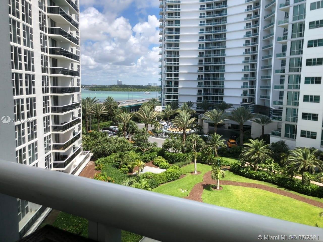 10275 Collins Ave #703 photo018