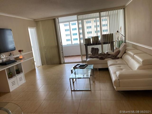 5401 Collins Ave #1014 photo08