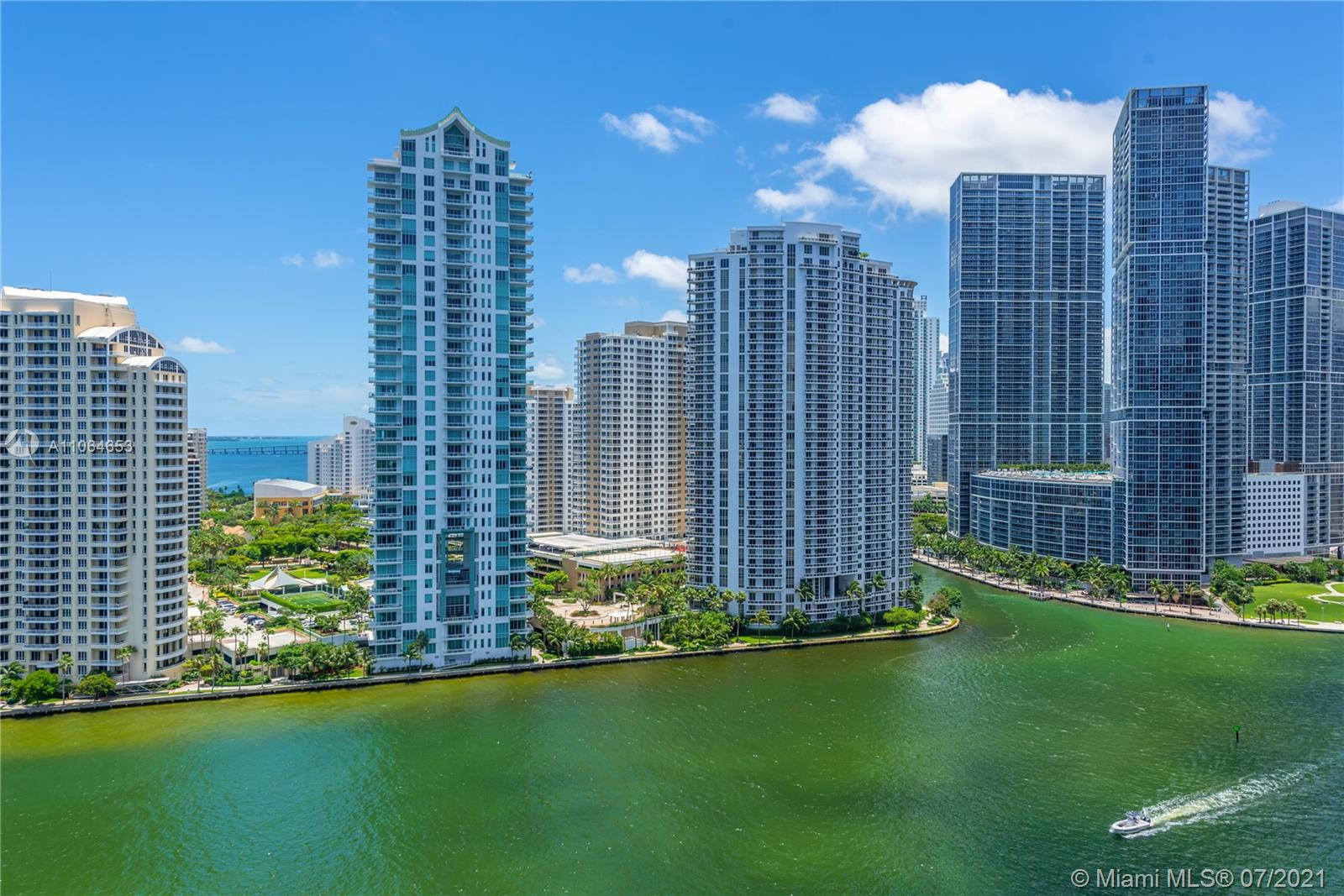 One Miami #2203 - 03 - photo