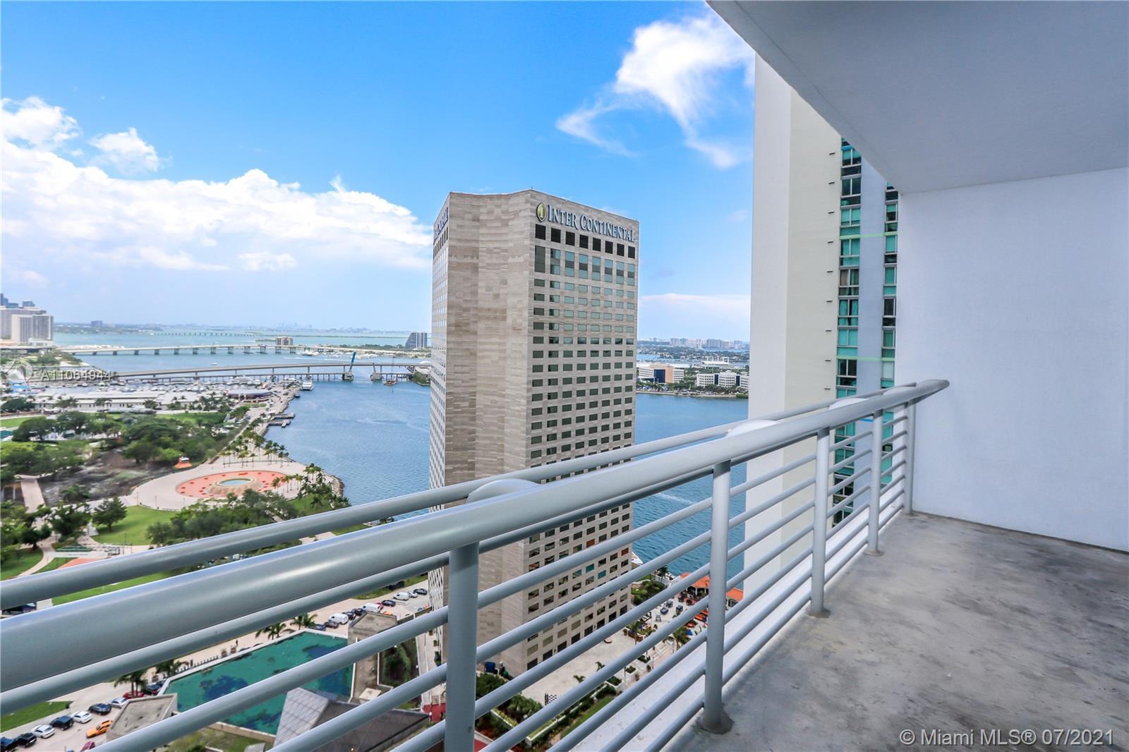 One Miami #2820 - 01 - photo