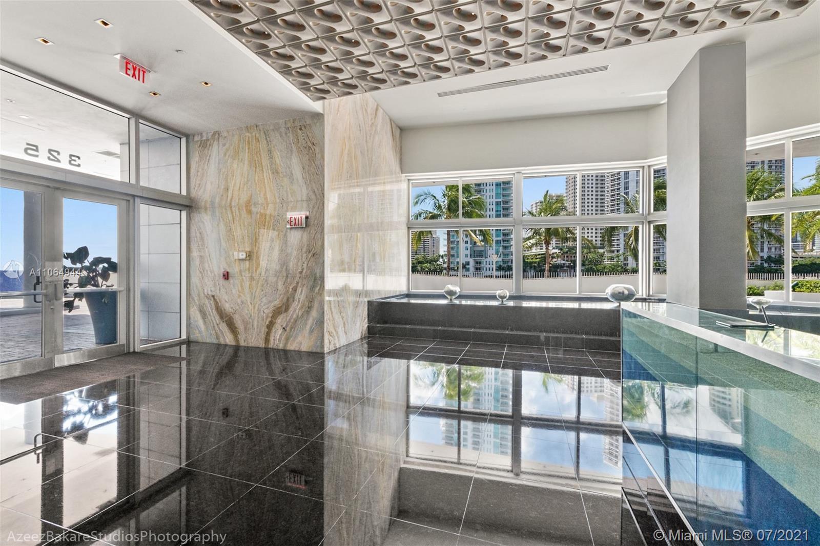One Miami #2820 - 38 - photo
