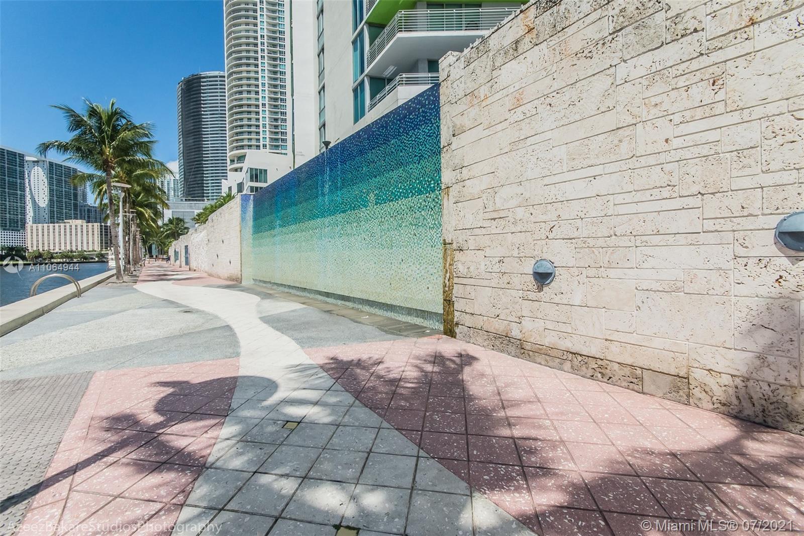 One Miami #2820 - 45 - photo