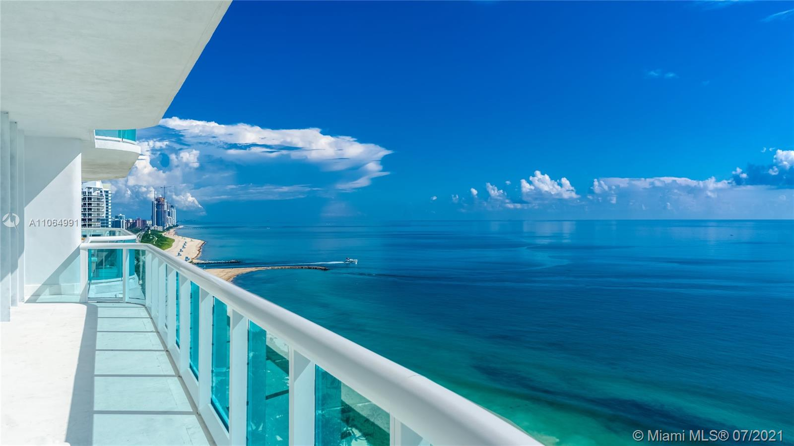 10101 Collins Ave #PENTHOUSE 1F photo02