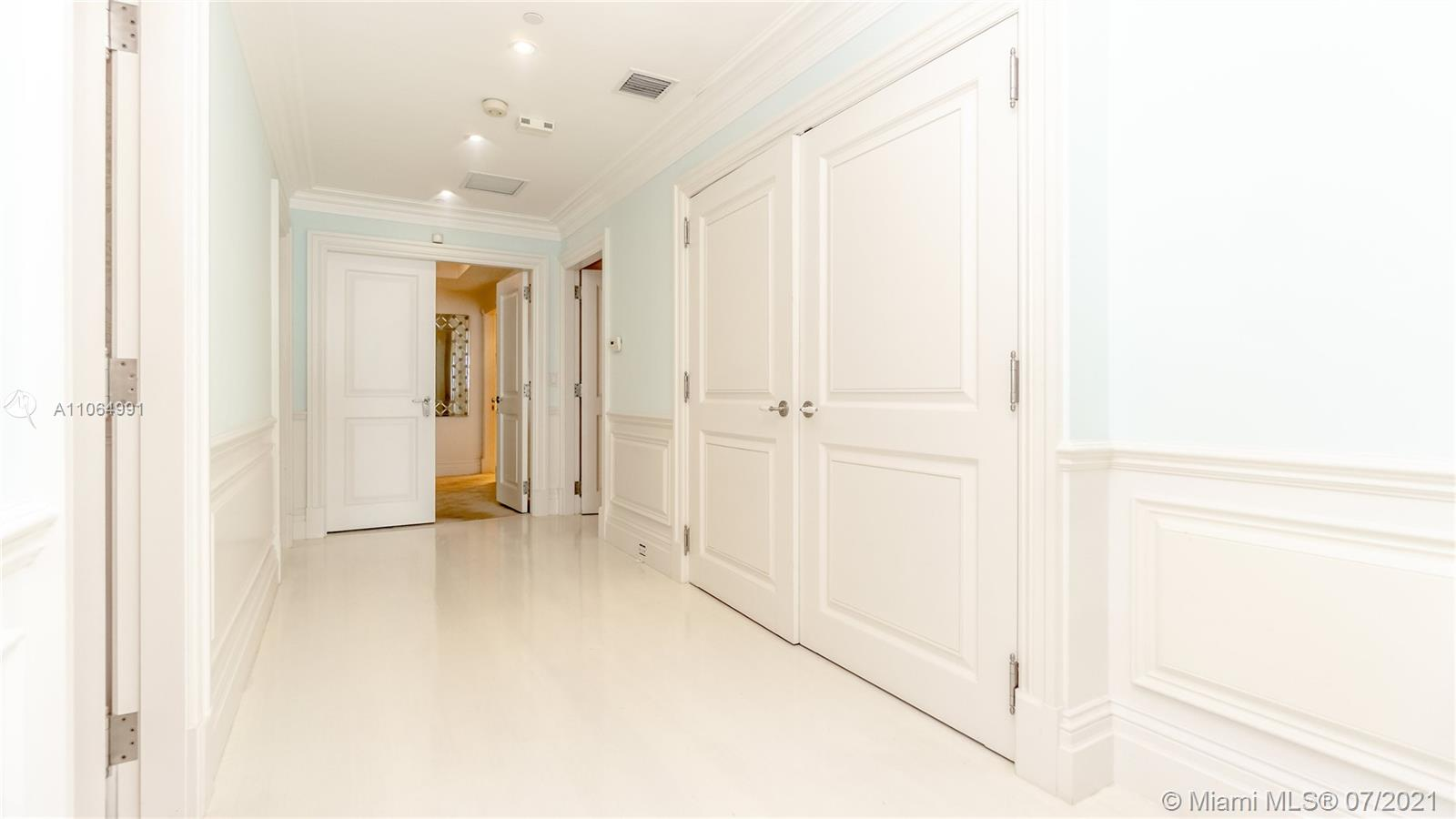 10101 Collins Ave #PENTHOUSE 1F photo013